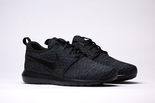 Nike Flyknit Rosherun Black Black 2