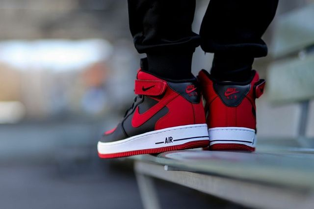 Nike Air Force 1 Mid Black Gym Red 2