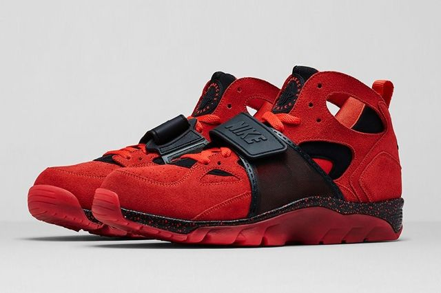 Nike Air Trainer Huarache Challenge Red Bumperoo 7