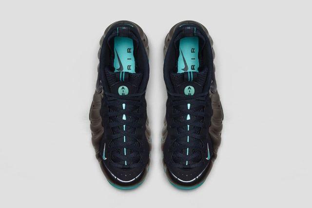 Nike Air Foamposite Dark Obsidian Bumper 5