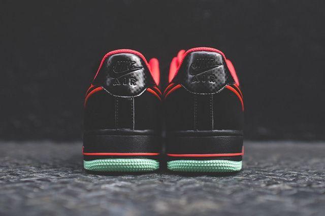 Nike Air Force 1 Low Laser Crimson Arctic Green 4