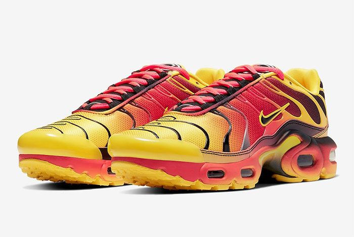 Nike Air Max Plus Gradient Tiger Quarter