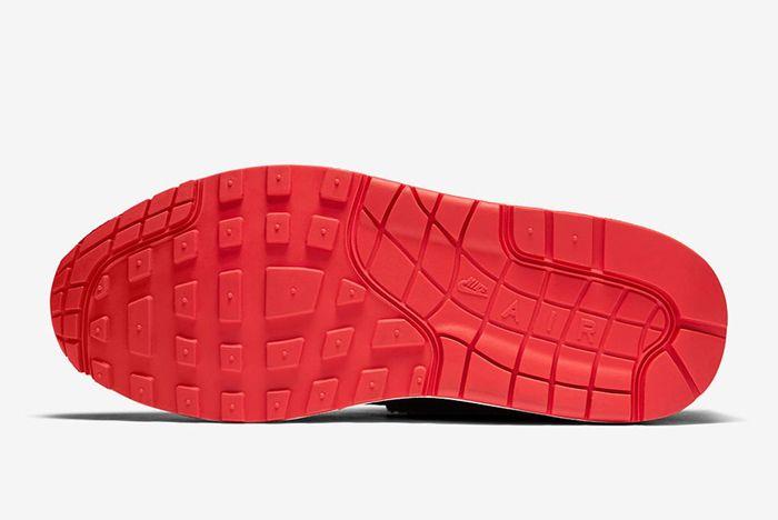 Nike Air Max 2 Sherpa