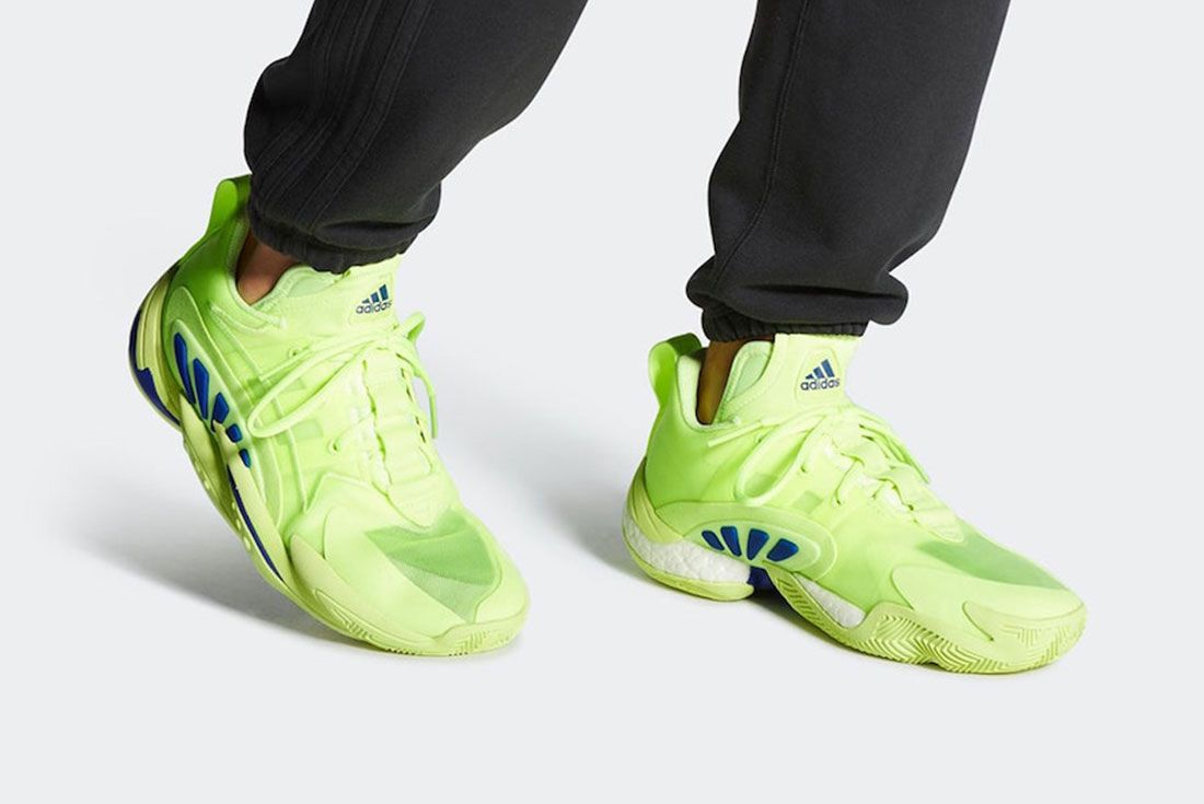 Adidas Crazy Byw X 2 0 Hi Res Yellow Ee6009 Release Date 6 On Foot