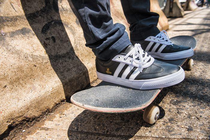 Adidas Adi Ease Universal 9
