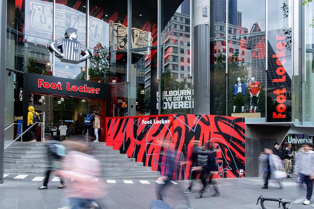 Foot Locker Qv Opening Outtisde