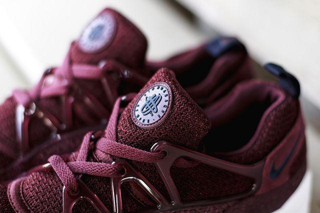 Nike Air Hu Burg 2