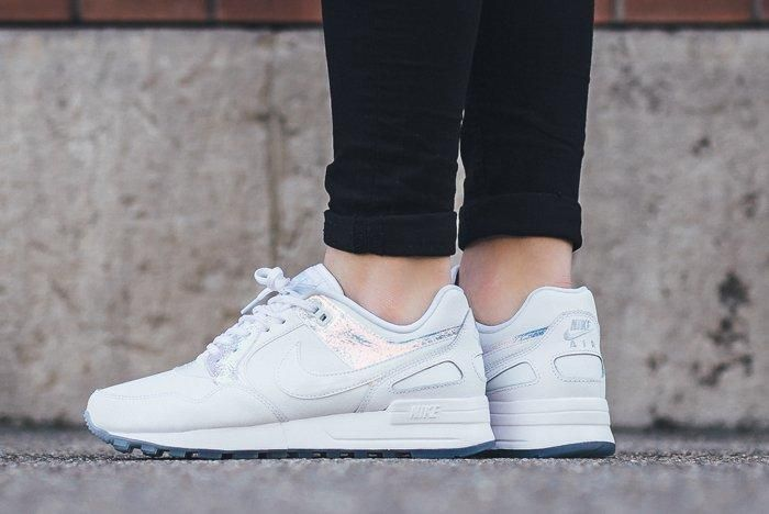 Nike Wmns Iridescent Pack8