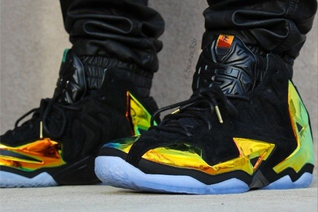 Nike Le Bron 11 Kings Crown