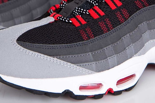 Nike Air Max 95 Chilling Red 6