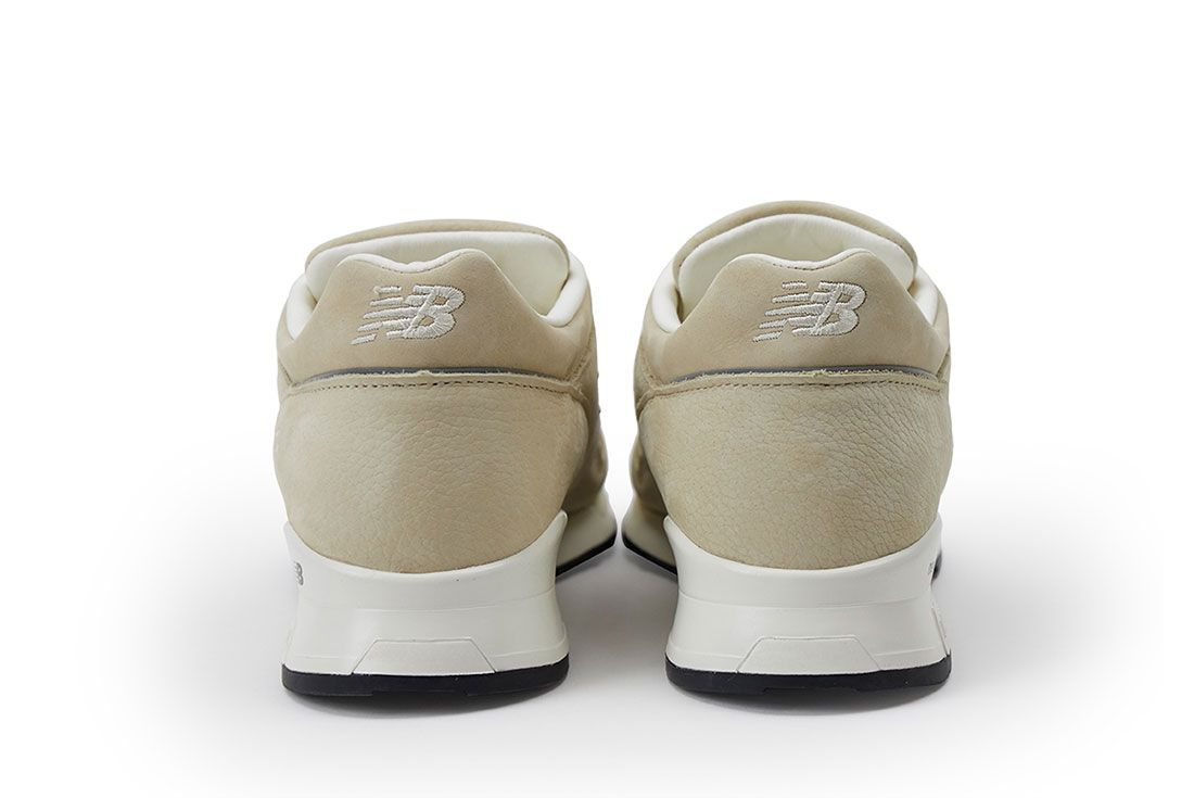 Pop New Balance 1500 Pearl White Pair Heel