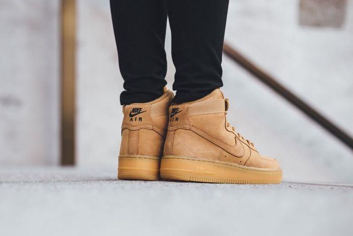 Nike Air Force 1 Wheat Titolo Bump 1