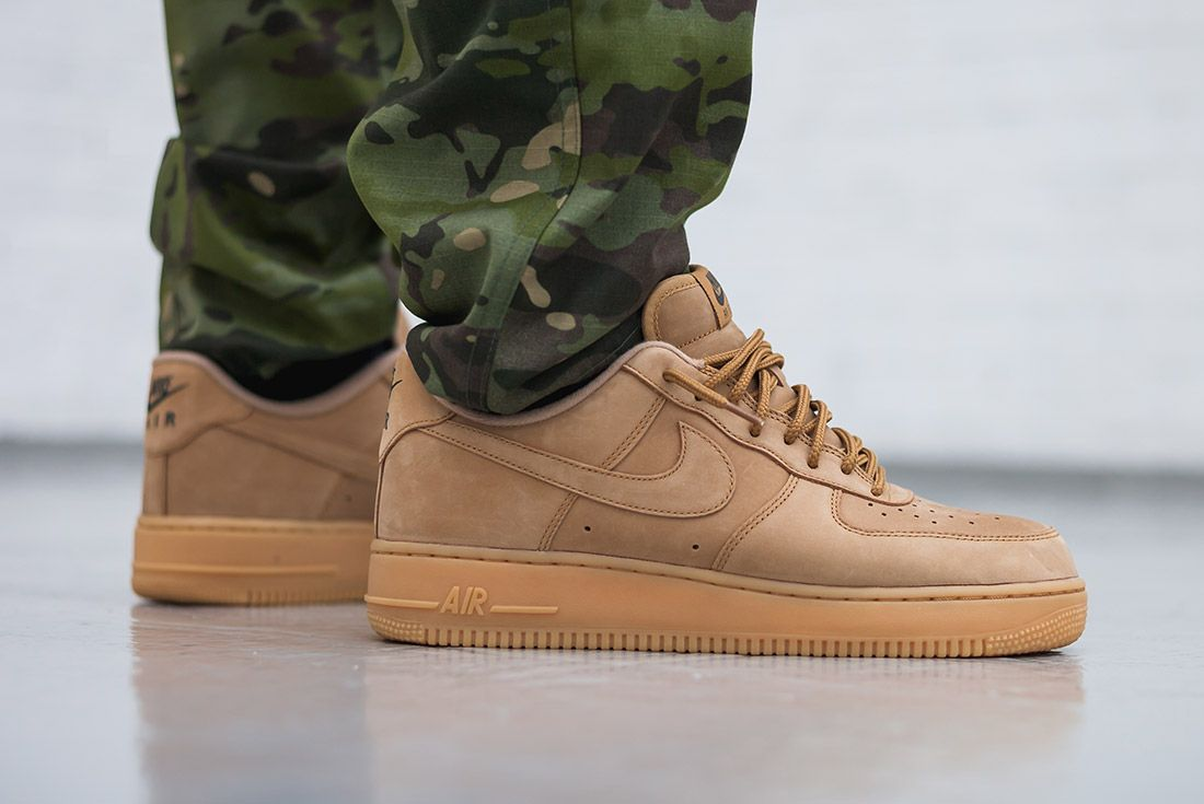 Nike Air Force 1 07 Low Flax Wheat 1