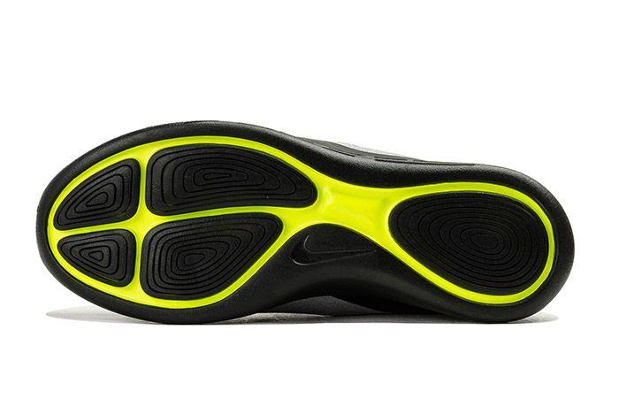 Nike Lunarcharge Neon 1
