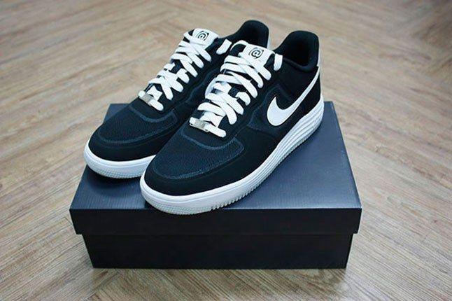 Nike Lunar Force 1 Bearbrick 1
