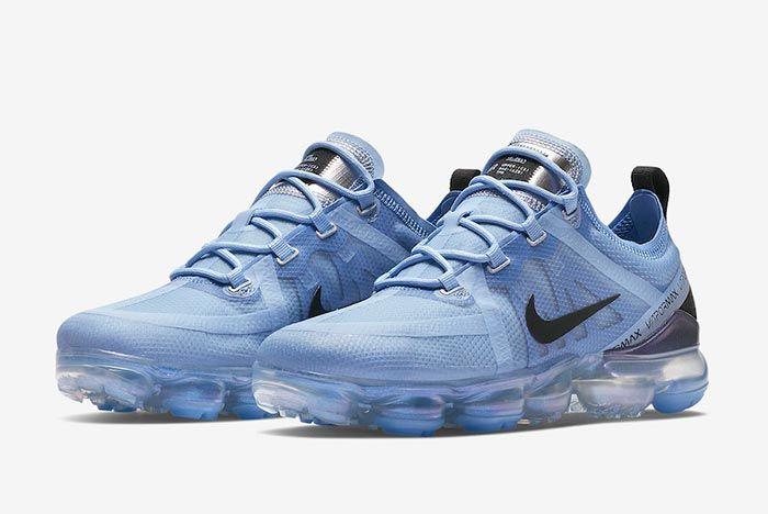 Nike Air Vapormax Aluminium Blue Front Angle Shot 1
