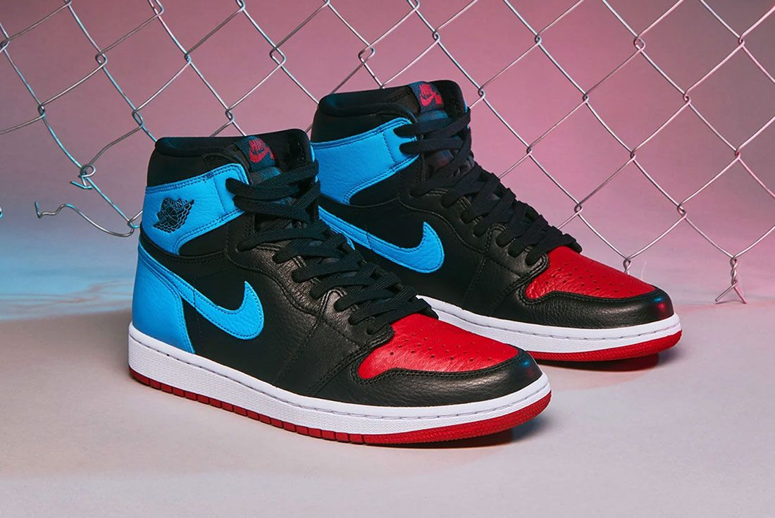 Air Jordan 1 Unc To Chicago End Launches Pair Shot