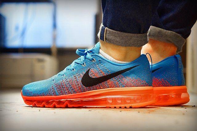 Nike Flyknit Air Max Vivid Blue Atomic Orange