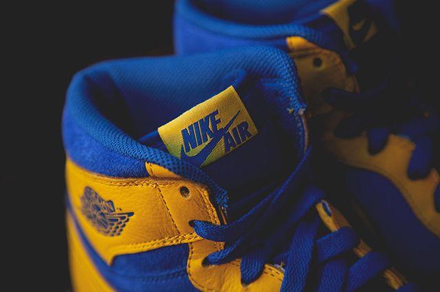 Air Jordan 1 Laney 1