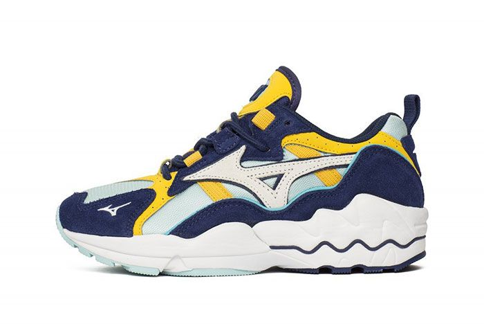 Mizuno Wave Rider Clearwater Lateral
