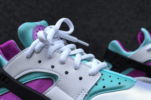 Nike Wmns Huarache Fuschia Teal Bump 3