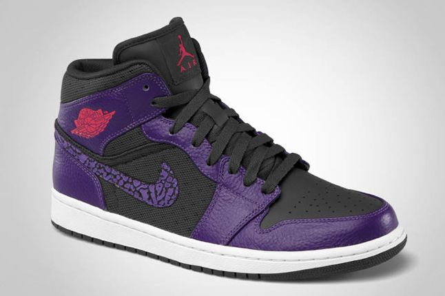 Air Jordan 1 Phat Anthracite Club Purple Spark 02 1