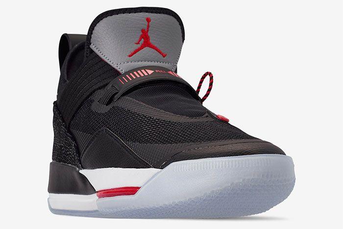 Air Jordan 33 Cement Cd9560 006 2Side Angle
