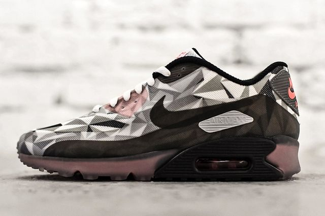 Nike Air Max 90 Ice White Cool Grey Black Infrared
