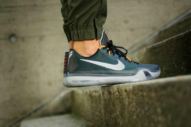 Nike Kobe X Teal Bumper 4