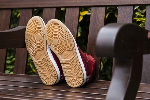 Nike Dunk Hi Lux Sp Gym Red Bumper 5