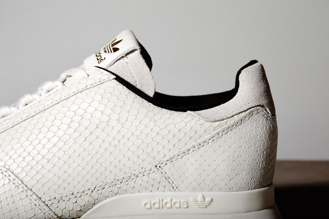 Adidas Luxury Pack Closeup