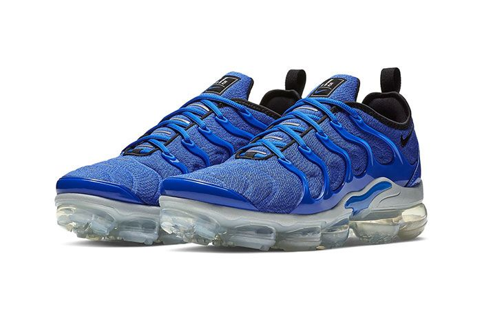 Nike Air Vapormax Plus Game Royal Front Angle Shot5