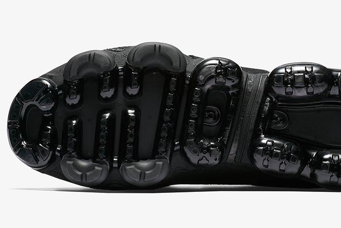 Nike Air Vapormax Moc Cyber Monday Sneaker Freaker 6