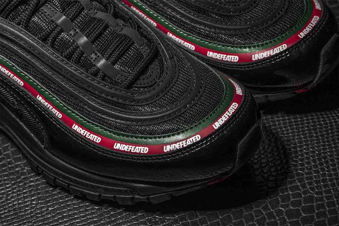 Undefeated X Nike Air Max 977