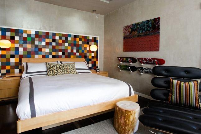 Etnies Hotel Room Jpg 1