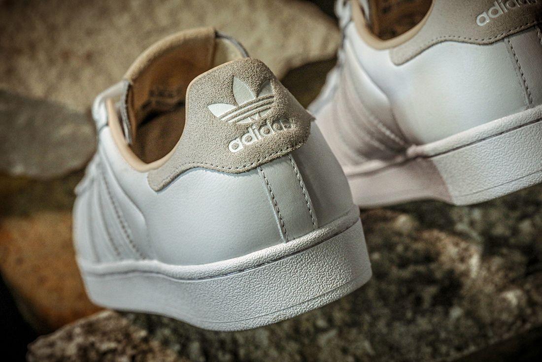Adidas Superstar Home Of Classics Heel Rock Detail