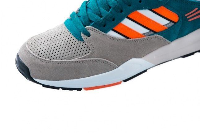 Adidas Tech Super Warning Collegiate Silver Toe 1