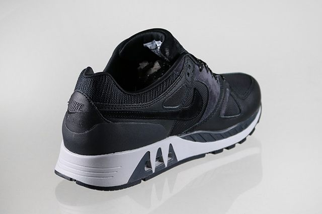 Nike Air Stab Black White 2