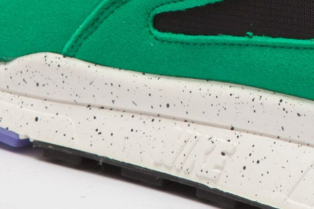 Nike Air Current Green Sole 1