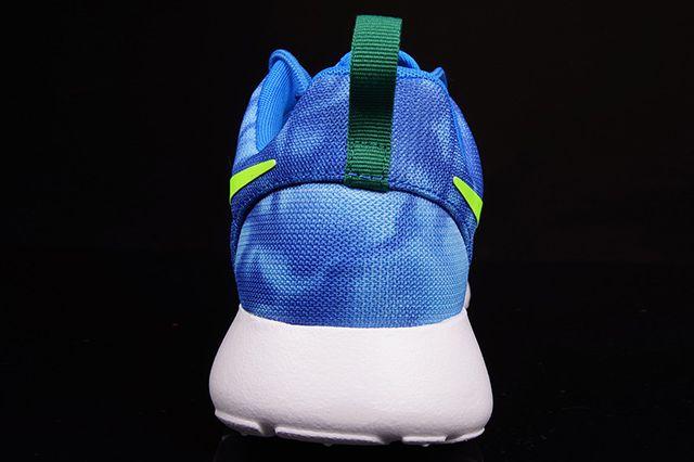 Nike Roshe Run Blue Marble 2
