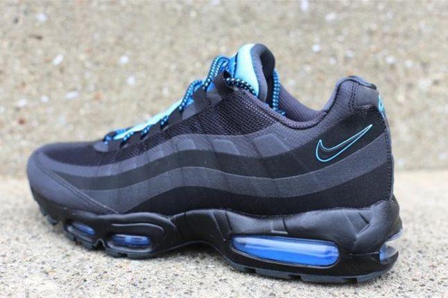 Nike Air Max 95 Black Anthracite Heel Quarter 1