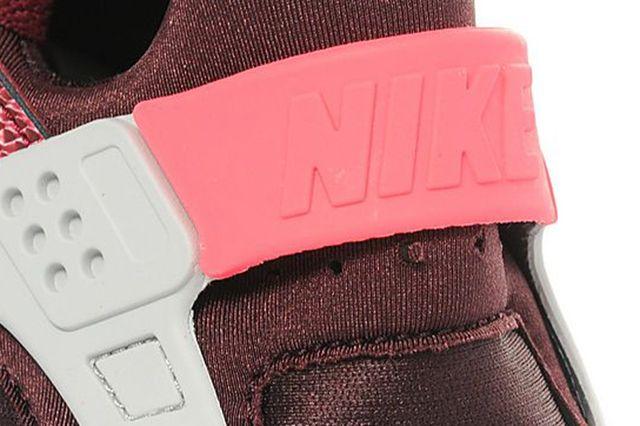 Wmns Nike Air Hua 1