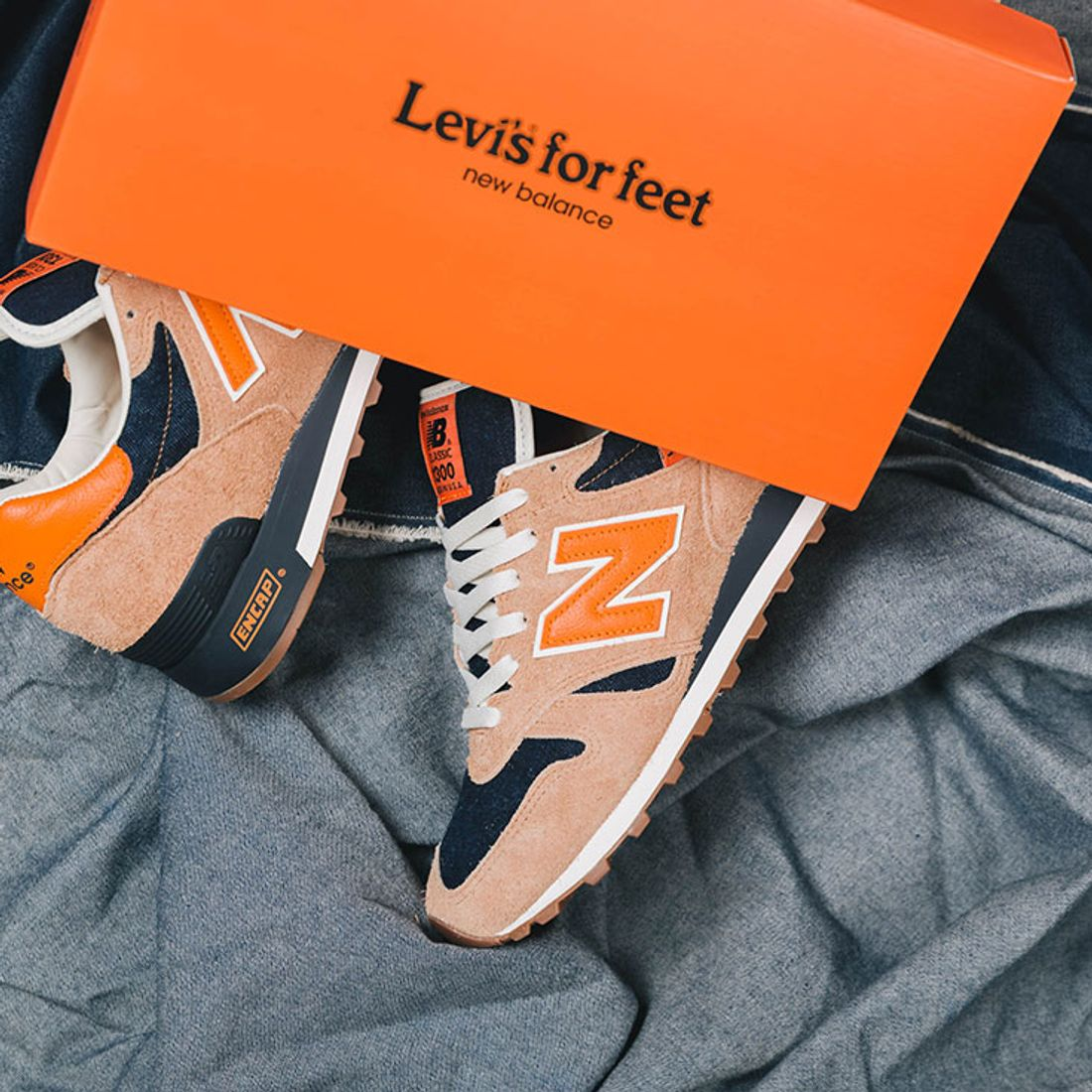 Ladrillo Th crítico  Another Look at the Levi's x New Balance 1300 - Sneaker Freaker
