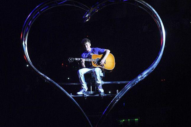Shoe Surgeon Justin Bieber 6 1