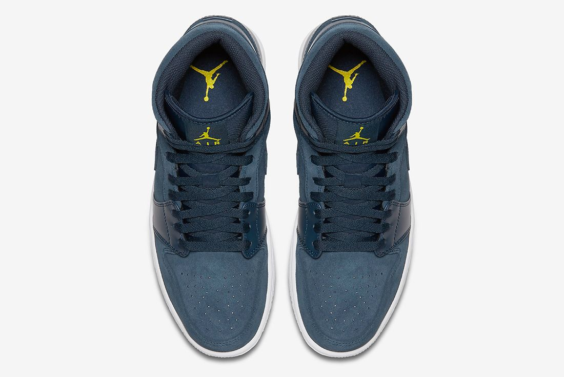 Air Jordan 1 Mid Armory Navy5
