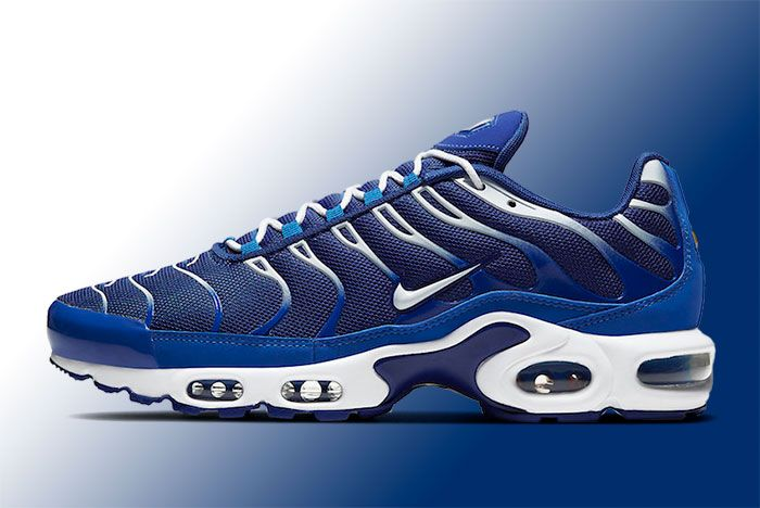 Nike Air Max Plus Cw7024 400 Lateral
