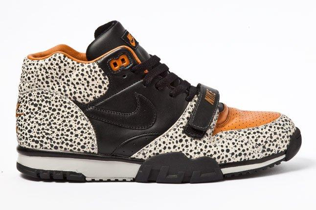 Nike Air Trainer Safari 01 1