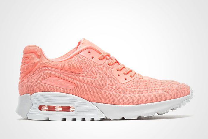 Nike Air Max 90 Ultra Plush Thumb