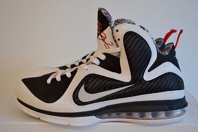 Sneaker Freaker Lebron Collector Garv 30 1