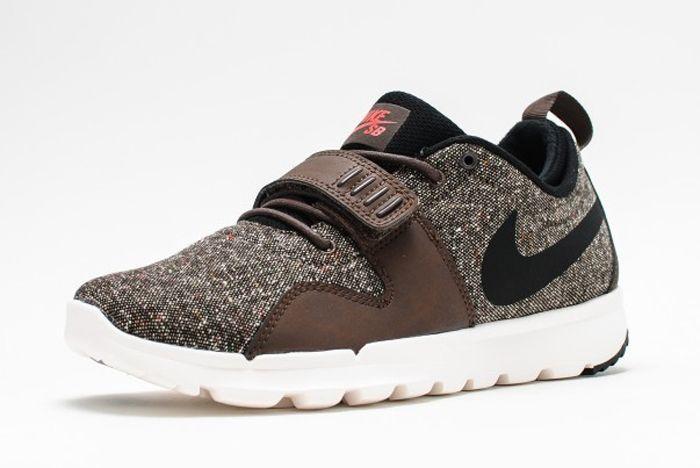 Nike Sb Trainerendor Baroque Brown Black Ivory 1